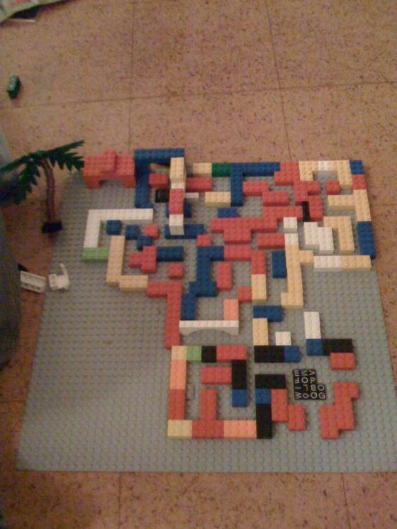 Leon's lego labyrinth