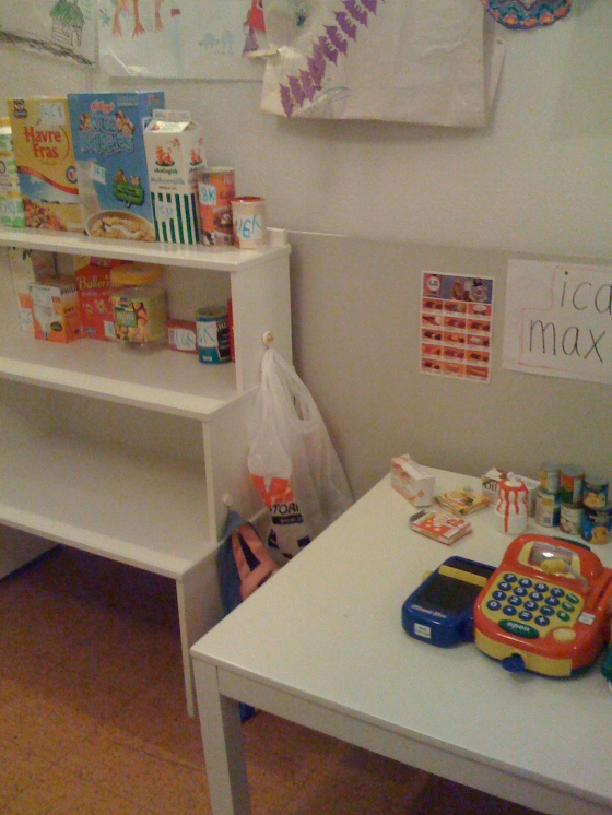 Our shop in the playroom!