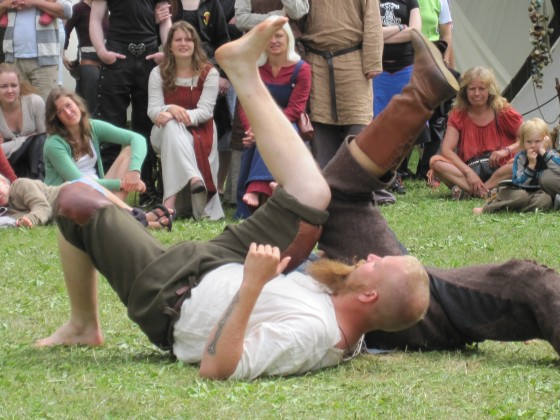 Leg wrestling