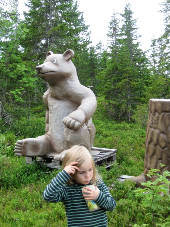 Watch out, watch out, there's a bear about!
